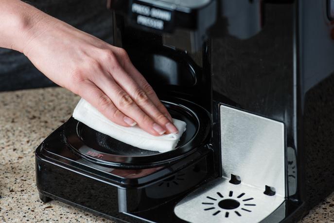 Очистка кофемашины от кофейных жиров и масел
