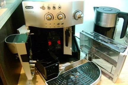Чистка кофемашины от кофейных жиров и масел